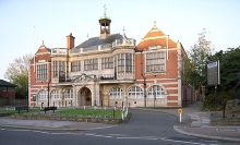 Barnet, Hendon Town Hall, London © Steve Cadman